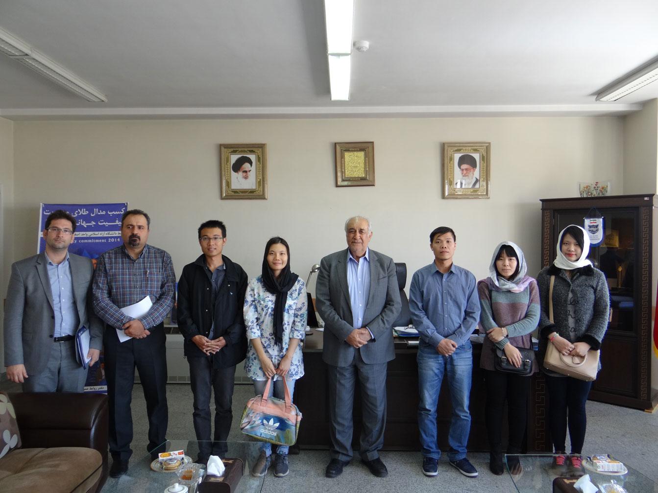 Vietnamese students majoring in Persian Meeting Isfahan Khorasgan Branch